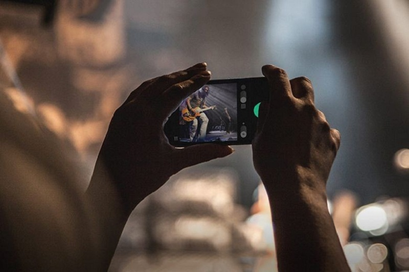 The History Of Mobile Photography