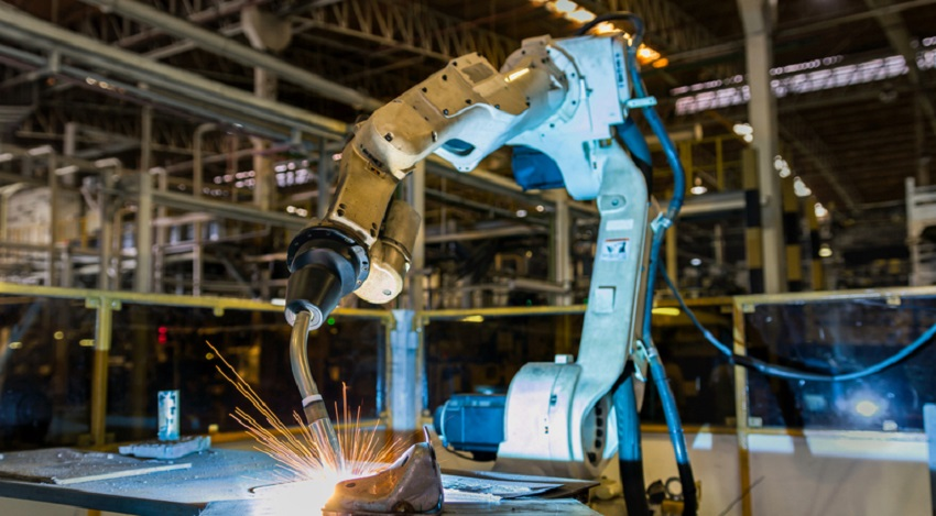 Robotic Arms Material Removal Benefits